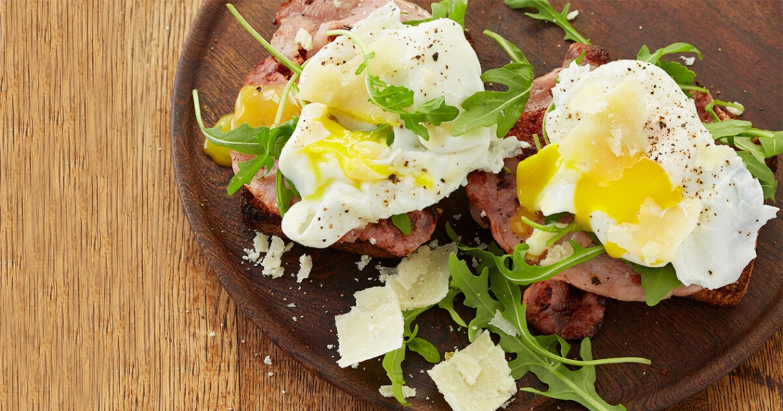 bacon toasties with poached eggs recipe
